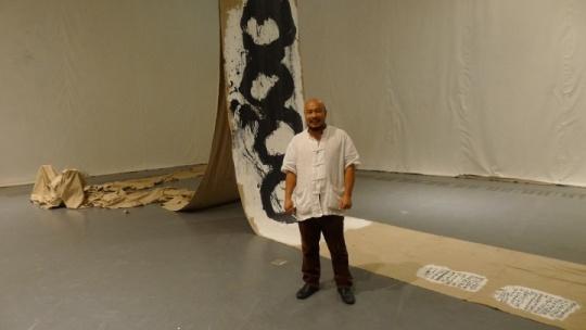 虽然大大小小的展览张罗了不少,但对吴震寰来说,这其实是他个的首次个展