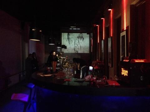 灯笼俱乐部跨界当代艺术首秀