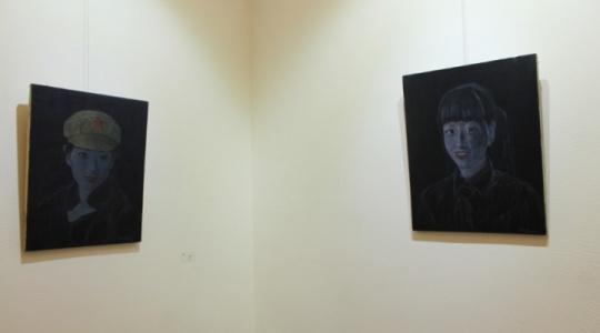 祁志龙的两件作品