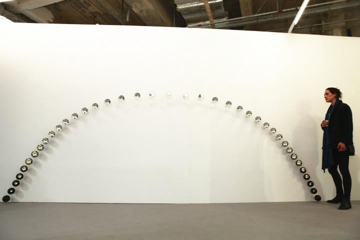 奥拉维尔·艾莉亚松《东庄日照图》,维他命艺术空间仅带来了这一件作品