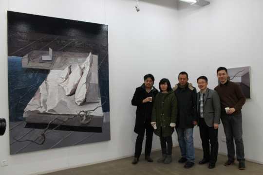 展览现场嘉宾合影(由左向右):马树青、何情、尹齐、现实空间负责人江涛、策展人于海元