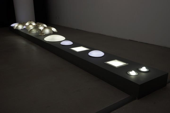 在外滩美术馆展出的李燎的装置作品