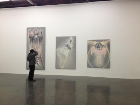 宋琨作品(左起)《花与蛇:昔伽》 《花与蛇:玉峰》 《花与蛇:识伊》