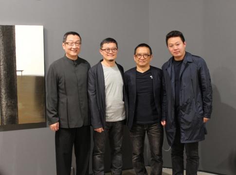 左起:大未来林舍画廊创始人林天民、艺术家陆先铭、艺术家郭维国、策展人崔灿灿