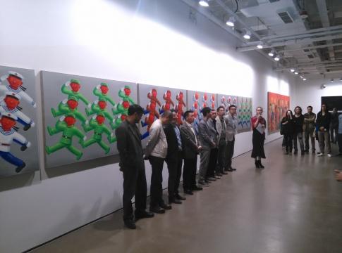 展览的开幕式现场