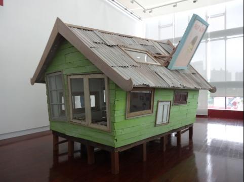 三楼奈良美智的《日惹迷你星屋》