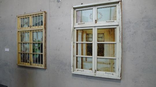 LEO XU PROJECTS展位李青新作。下半年李青将携带最新作品在蜂巢当代艺术中心主展厅举办个展项目。