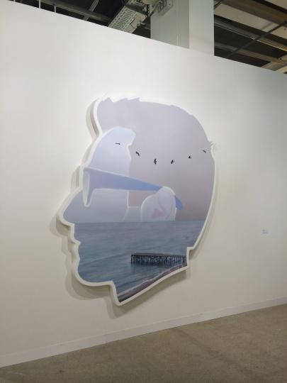 Alex Israel的作品在Gavin Brown画廊展位(图片提供/吴华)
