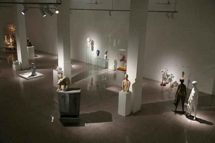 """""""她的?——ZERO首届当代女性雕塑展""""展览现场"""