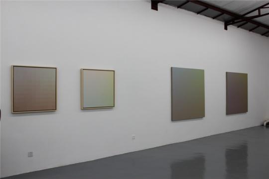 张雪瑞的作品,微妙的颜色变化及背后的思绪