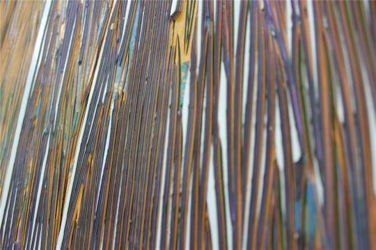 作品细节,笔触与肌理之间,累积的是时间,有厚度及层次的时间