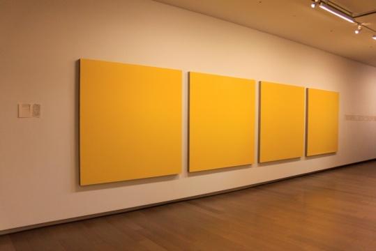 黄色色中色_\