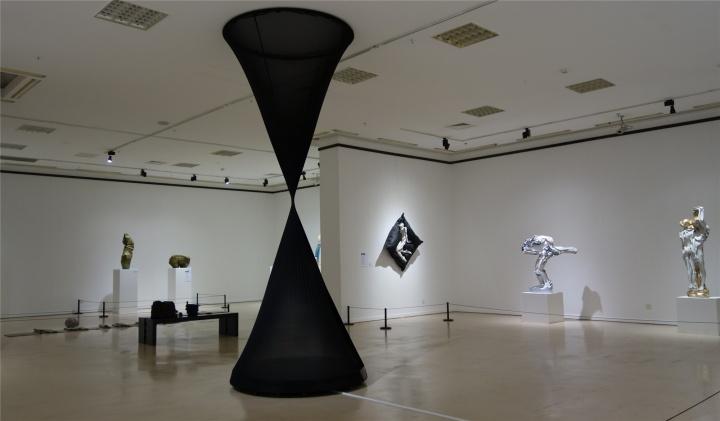 翼——中国雕塑学会青年推介计划第二季巡展首站于7月26日在常熟美术馆启动