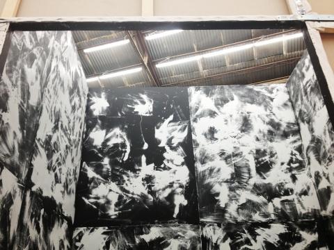 山藤仁的作品《画布空间》