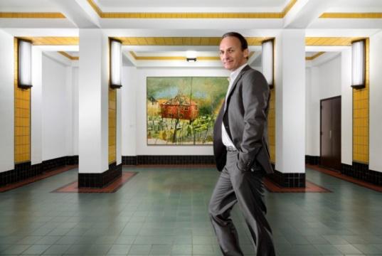 Bert Kreuk.Photo: Courtesy Gemeentemuseum Den Haag, via Artdaily.