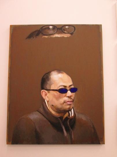 虽然没有自己的作品展出,但石青以被描绘者的身份出现在张慧的绘画《目光》里
