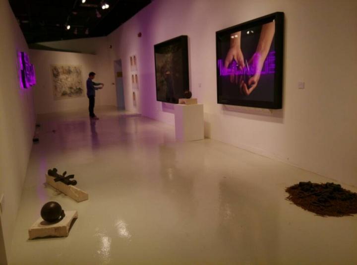 """""""第三世界的世界III"""" 展览现场"""