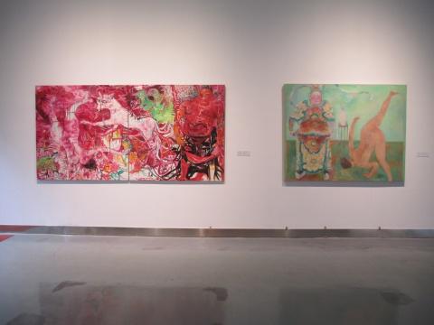 贾涤非作品《尴尬图——天王、九尾狐、多头鸟......》(左)与《尴尬图——舞台人物练习·2》(右)