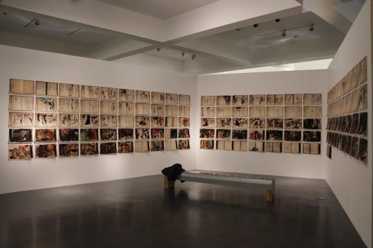 现场展出美国艺术家LeRoy Neman的手稿影印