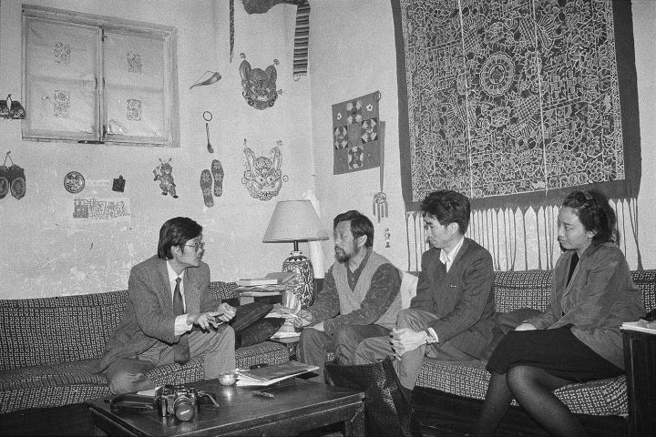 吕澎在栗宪庭家与张颂仁相遇之后,张颂仁大踏步进入中国当代艺术领域,1992 年,北京