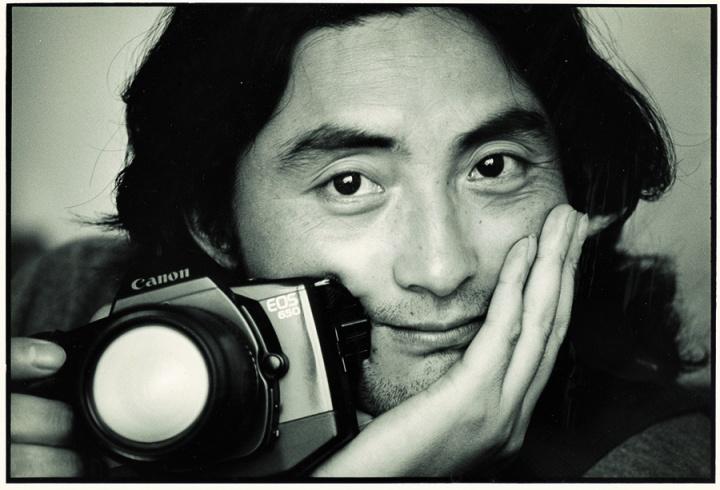 1994年马克.吕布为肖全拍摄的照片,那时候他还长发飘飘
