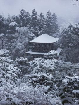 銀阁寺雪景