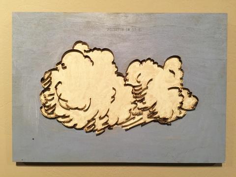 三无画廊代理艺术家许家其 《云》 木版刀片 32x45cm 2014  许家其,1988年生于广西,现生活在东莞长安,刀模厂工人,《船》、《云》是他把电脑和手画的景物在木板上做成刀模。