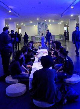 旅游团综合实验项目 《喝茶》 在小洲,听听艺术家的故事,喝喝茶,吃点武大郎烧饼。
