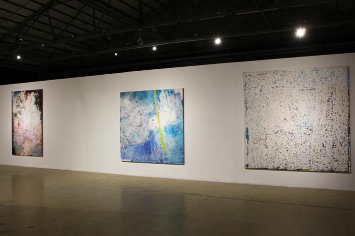 """2014年,""""新作展一""""展出作品谢南星《三角关系逐渐转移》系列中的油画作品"""
