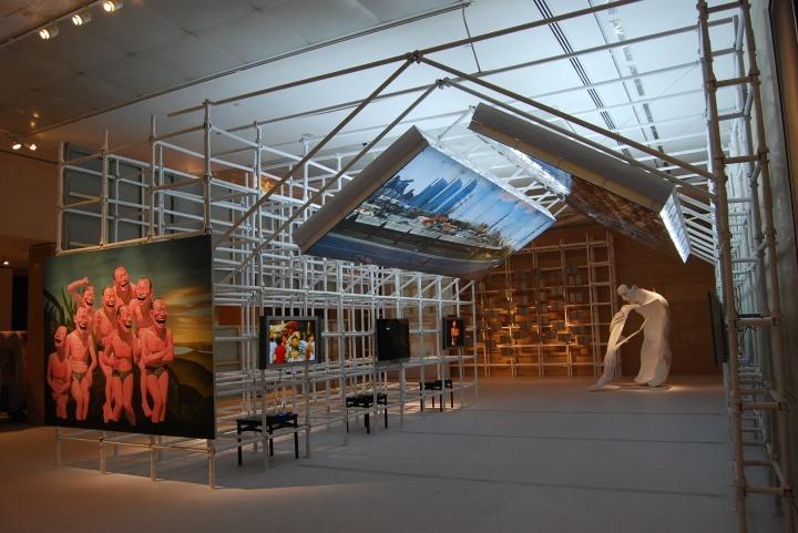 """柳淳风策划,""""中国:面对现实"""" 2009年在中国美术馆展出"""