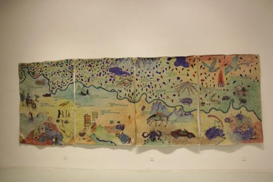 刘成瑞在澜沧江计划中展出的羊毛毡挂毯