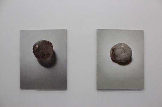 《石子》系列,朱昱选择石子为材是基于一种实验性考量