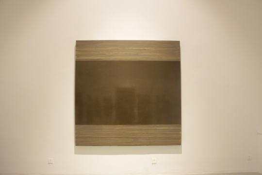 一层展厅 《灰尘150214》 200×200cm 布面灰尘 2015