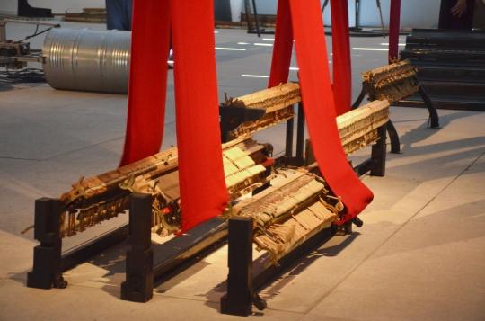 原弓用部分钢琴零件重组的塔型装置