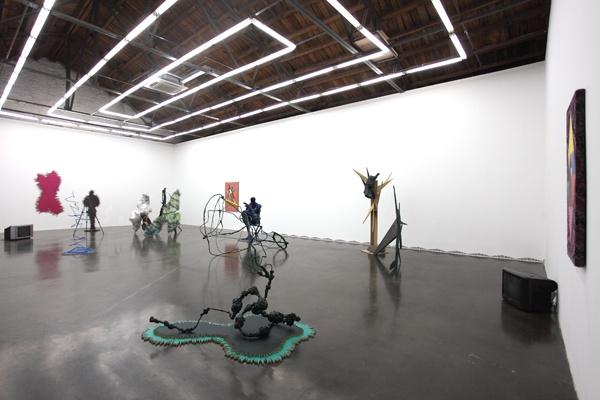 """2011年,赵要个展""""我是你的黑夜""""展览现场"""