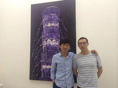 策展人戴桌群和艺术家蔡泽滨