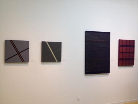 苏艺的作品(左一、左二)与迟群的作品(左三、左四)同样使用了抽象艺术语言