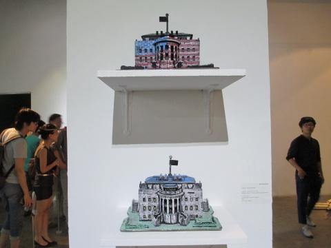 田华丰作品《黑板报——非确定性民主与自由》