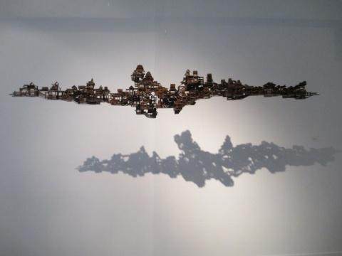 丁浩作品《浮城》