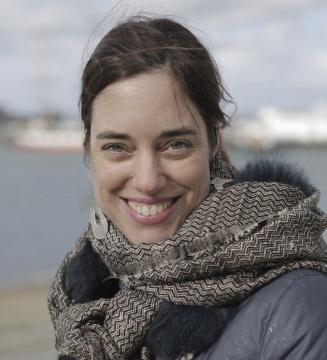 法国跨领域艺术家、表演者和教育家玛丽·朱莉·彼得斯(Marie Julie Peters)