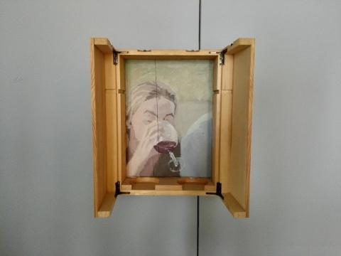 《酒杯》 33×24×11cm 木盒油画 2011