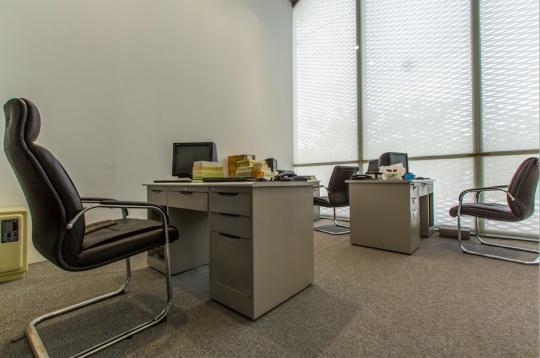 作品《呼吸——财务办公室》现场