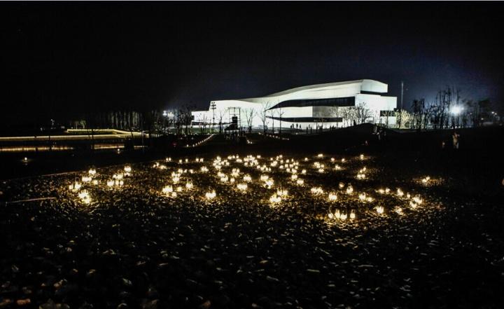 美术馆夜景图