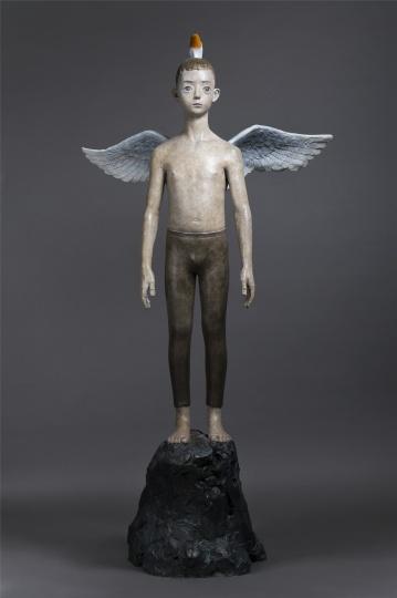 《天使》 235×121×75cm 铸铜化学着色 2013