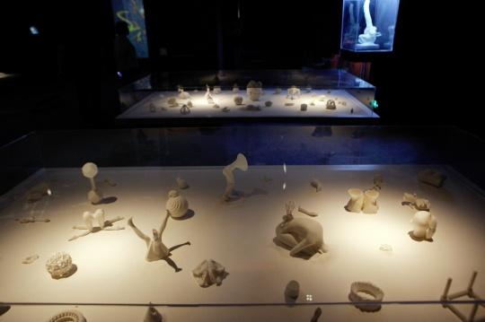 田晓磊 《未来颗粒》尺寸可变  3D打印树脂,沙  2015