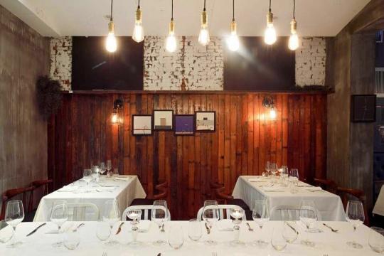 周艟的餐厅Macasa(现名Le Petit Cochon Vert)