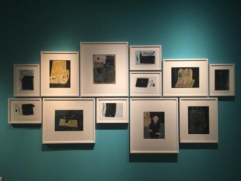 米杰表示这些小画都是对自己生活中物品的随意描绘