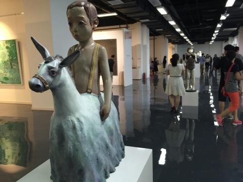 玉兰堂带来以雕塑为主题的艺术家作品 占领了展厅的公共区域
