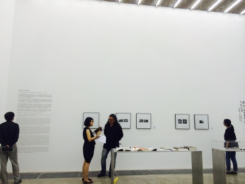 """展览现场,关于""""白求恩""""的形象是如何在图像和文本中被建立起来的现场"""