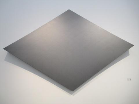 刘文涛 《无题》200×300×25cm 布上素描 2013